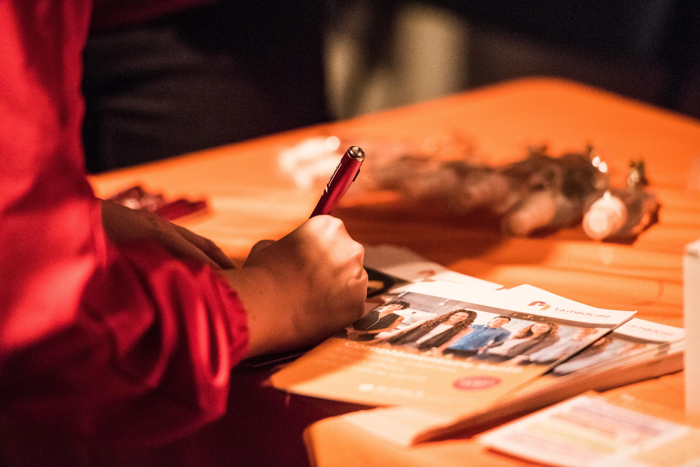 Reportage photo soirée des jeunes médecins à la Bellevilloise